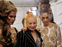 VivienneWestwood_London_SS_2012_ShowR