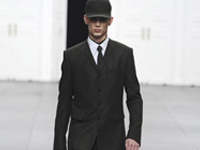 DIOR_HOMME_AW12-13_look01THUMBR