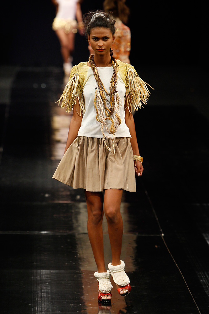 kza_do_dragao_dfb2012-look-7