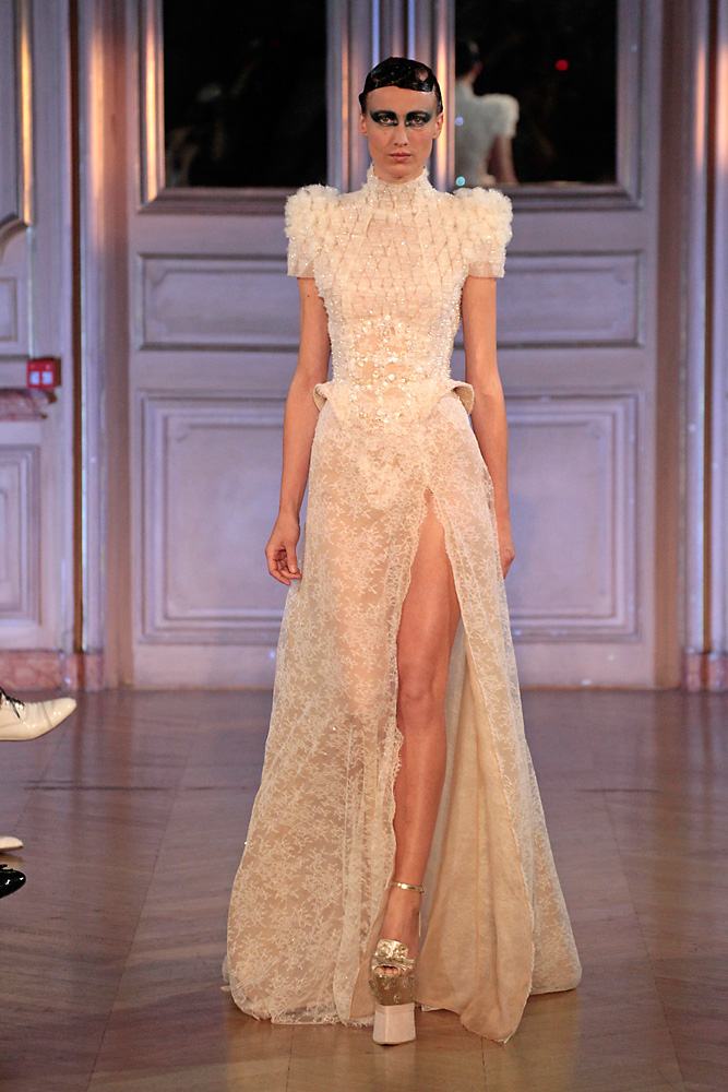 JAN TAMINIAU HAUTE COUTURE PARIS FALL/WINTER 12-13 © PETER STIGTER
