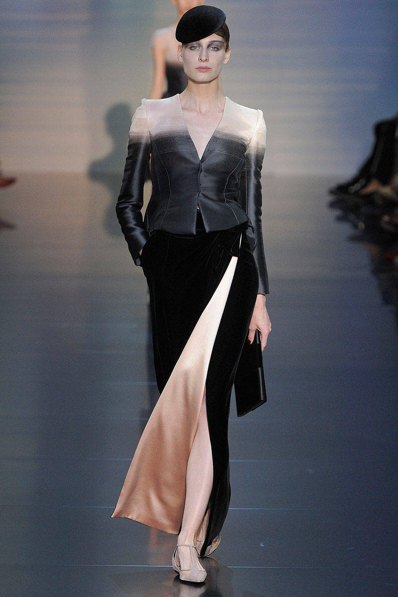 giorgio-armani-prive-couture-runway-fall-2012-09_153022591933