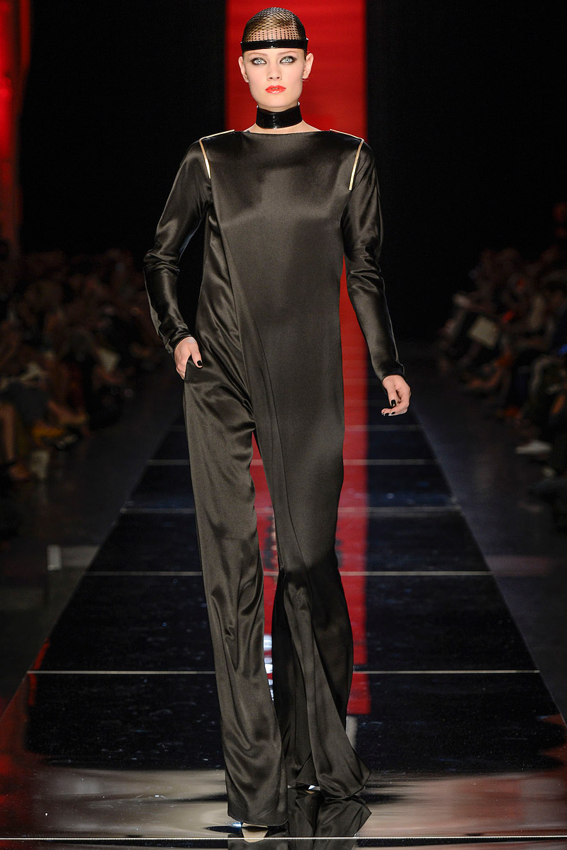 jean-paul-gaultier-fall-2012-couture-15_104021451209