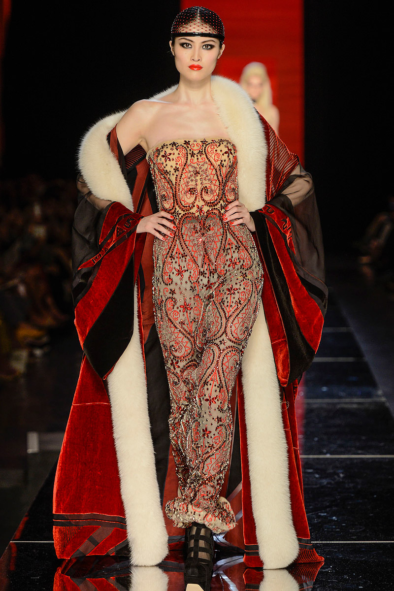 jean-paul-gaultier-fall-2012-couture-54_104054125295