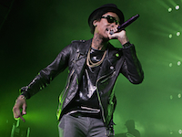 Wiz-Khalifa-performing
