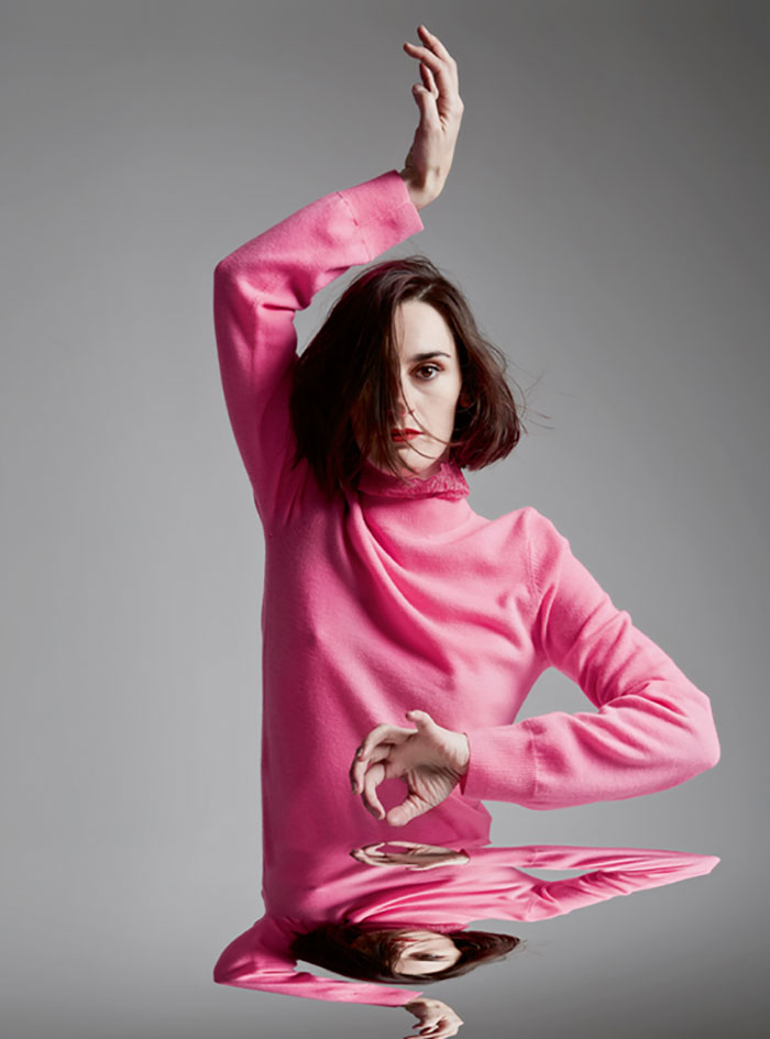 Yelle---Photographed-by-Jennifer-Massaux---The-Untitled-Magazine-Issue-8_004