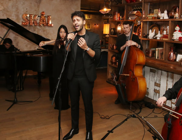 """NEW YORK, NY - APRIL 16:  Recording artist Zaheer Saleh performs during  the At Large Magazine dinner in Honor of cover star Jack Houston at Elyx House on April 16, 2016 in New York City.  (Photo by Bennett Raglin/Getty Images for Absolut Elyx)"""
