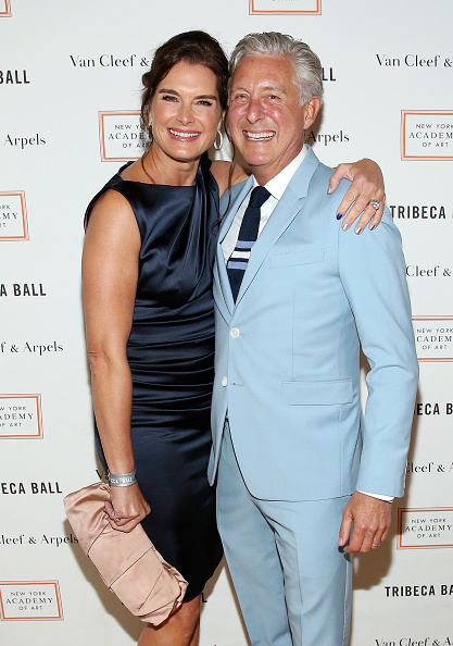 NEW YORK, NEW YORK - APRIL 04: Actress Brooke Shields (L) and President of New York Academy of Art David Kratz attend the New York Academy Of Art's Tribeca Ball 2016 on April 4, 2016 in New York City. (Photo by Monica Schipper/FilmMagic)