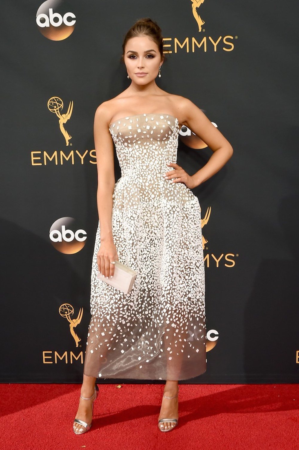Olivia Culpo in Zac Posen at the 2016 Emmy Awards. Image courtesy of Patrick McMullen/Getty.