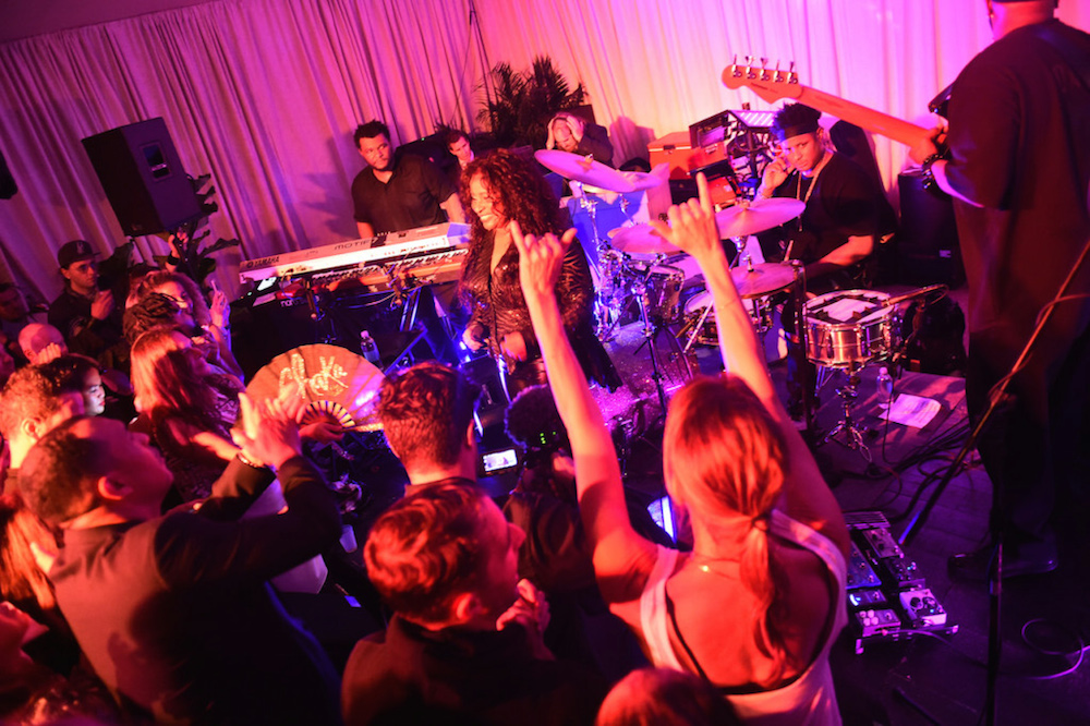 Chaka Khan performs at the White Cube Party